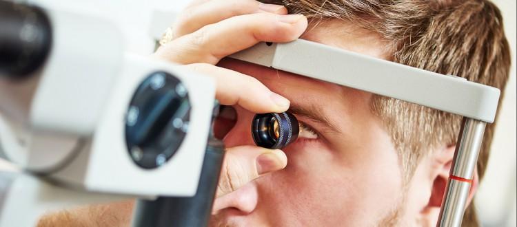 Naar de optometrist
